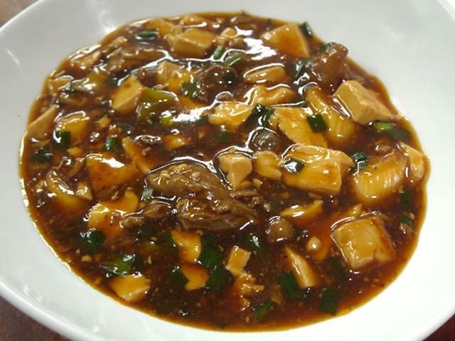 B:牛すじマーボー豆腐