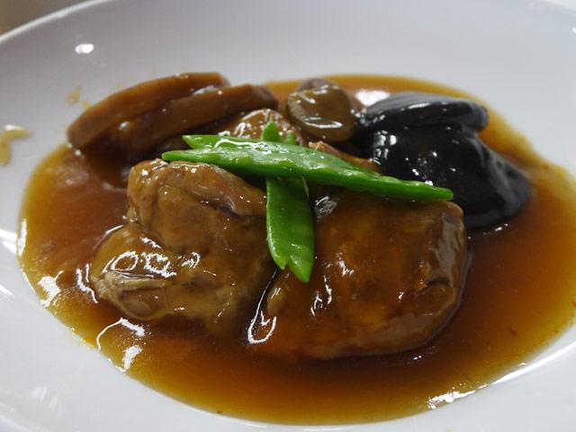 A:鳥肉の香辣醤煮込み