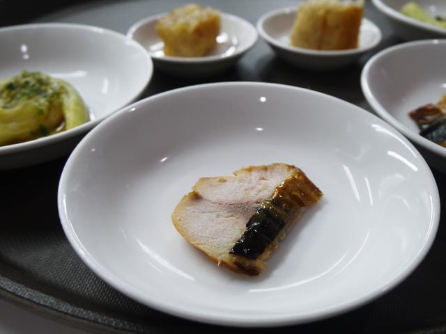 鯖 プーアル茶の燻製