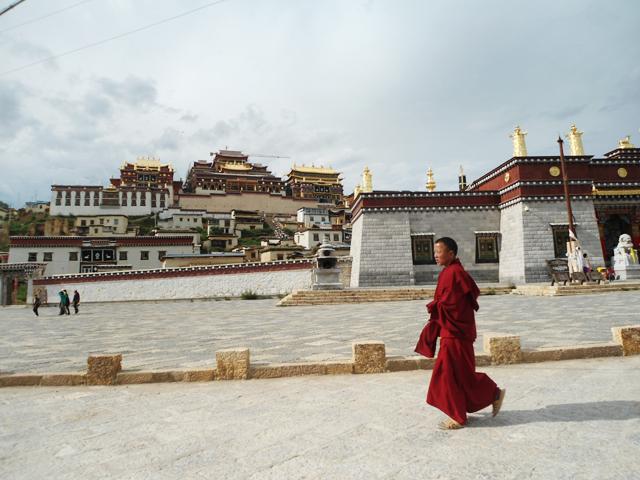 雲南省・香格里拉市の松赞林寺