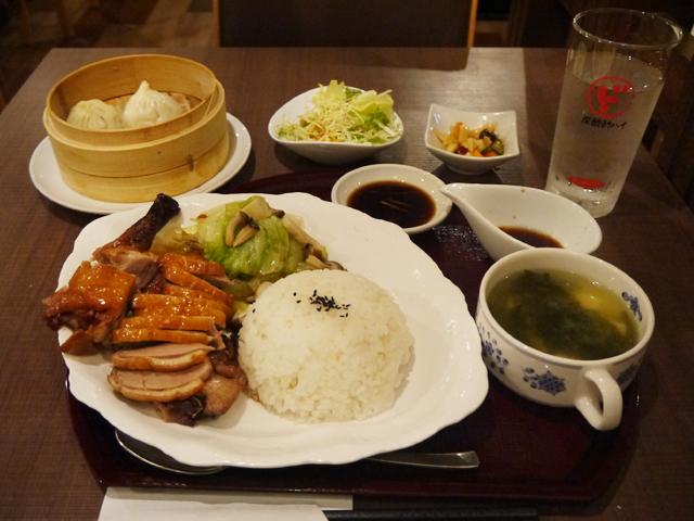 鴨照り焼きライス(広東焼鴨飯)定食1,080円+小籠包100円(税別)