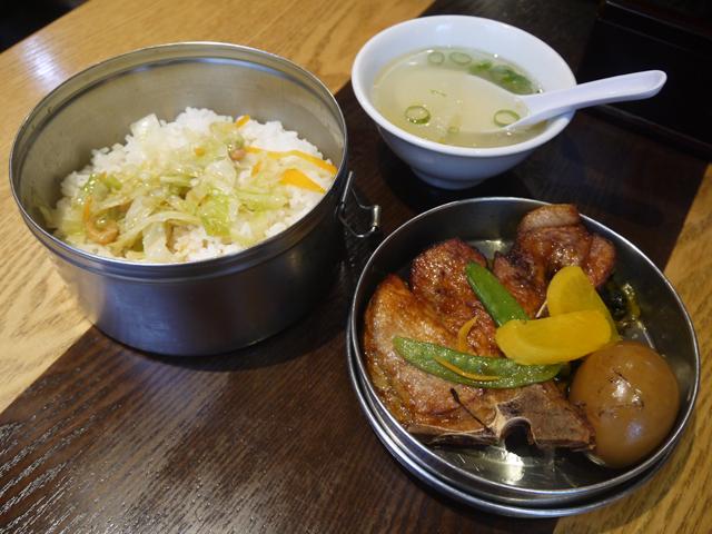 「劉の店」の当店特製鉄道弁当1,150円