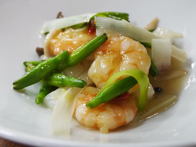 B:天然海老と薬膳野菜の香り炒め