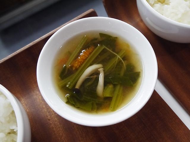 彩り野菜スープ