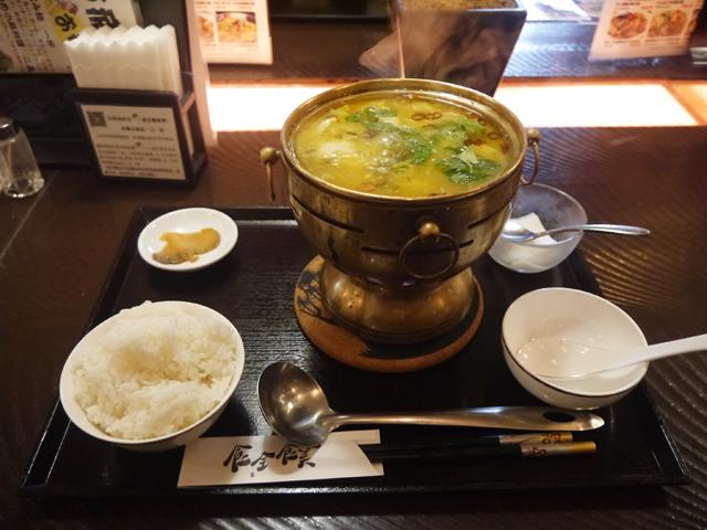 新小岩「食全食美」の白身魚と高菜のピリ辛酸味煮(酸菜魚)セット1,058円