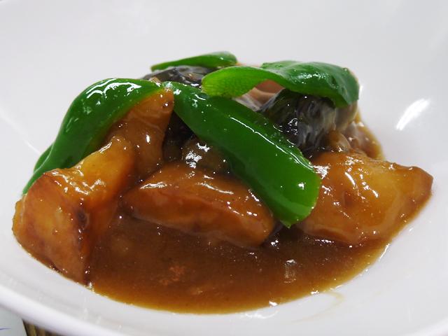 揚げ豆腐とジャガイモ・茄子の炒め