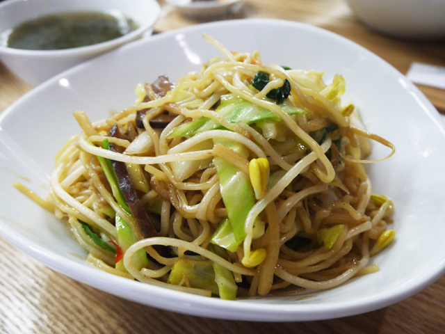 A:季節野菜の上海やきそば