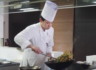 横浜「崎陽軒 本店」日比野慎司シェフ